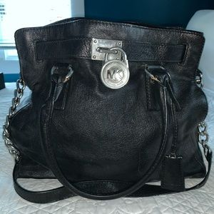 Michael Kors large Hamilton bag (black and silver)